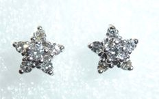 14kt/585 white gold earrings / diamond stud earrings with 12 diamonds 0.30ct in total. H/VVS