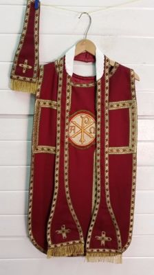 Liturgical robe with gold thread and complete with stola and manipel - children's Chasuble - 20th century