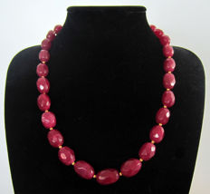 Faceted ruby necklace - 14 kt gold - approx. 446 ct.