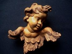 Putto/angel sculpture - very finely cut - cedar wood - France -ca. 1900