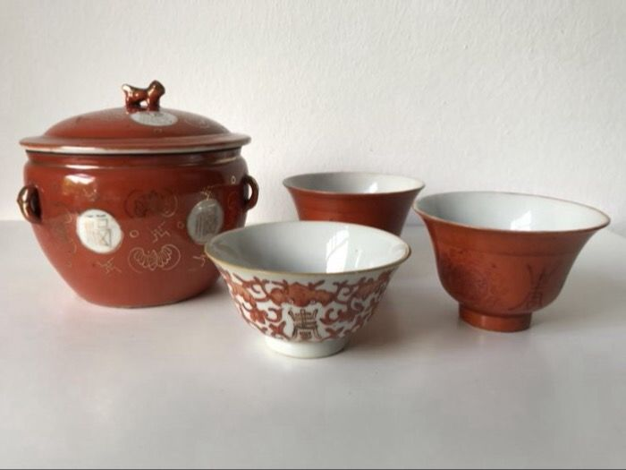 Collection of coral red porcelain - China - early 20th ( Republic period )