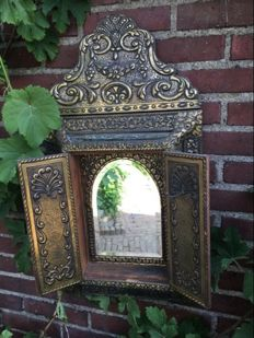 Antique mirror cabinet