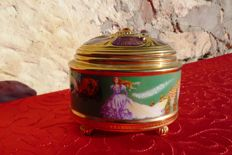"House of Fabergé - Music and Jewellery Box - ""The Imperial Music Box"" Collection - Porcelain - 22k Gold Plated Finish"