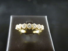 Eternity ring in yellow gold with 7 diamonds (0.49 ct) – size 58 EU