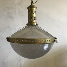 Unknown designer – Holophane lamp in brass and prismatic glass