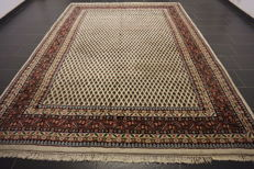 Magnificent hand-knotted oriental palace carpet, Sarough Mir, 250 x 340 cm, made in India, great highland wool