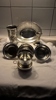 9 silver plated items from collection