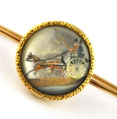 Antique 18k Yellow Gold Pin brooch with intricately hand painted scene of horse drawing cart - Width 7cm, Centre 19mm x 19mm