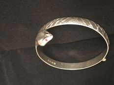 Antique silver bangle with Ruby