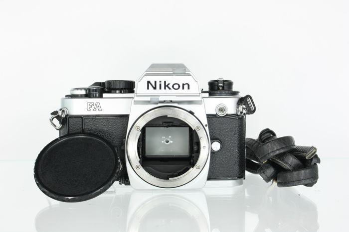Nikon FA body chroom/zwart