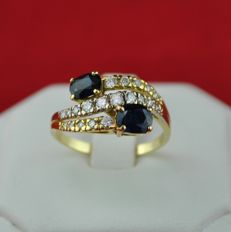 Sapphires (Tot. 1.50-1.80ct) & Diamonds (+/-0.45ct GH Color/VS2-SI1 Purity) set on 18k/750 Yellow Gold Ring - E.U Size 57 *(re-sizable)