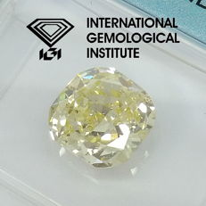 IGI 1.52 ct Natural Fancy Light Yellow Cushion Brilliant Diamond ***Original Image***