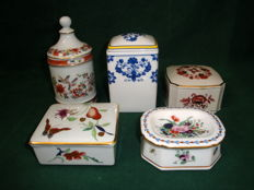 Vista Alegre/Porcelanas Portugal - Four Trinket Boxes and a Ring Dish