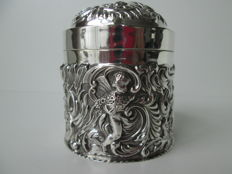 Silver tea caddy, William Comyns, London 1894