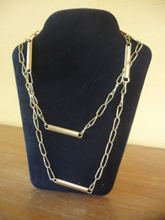 750/100 yellow gold necklace. Weight: 30.5 grams