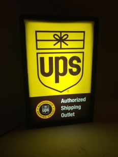 UPS authorized shipping outlet original light box - USA 2002