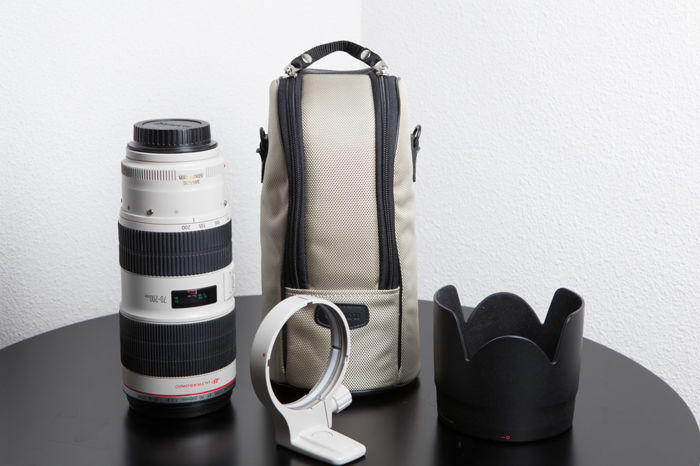 Canon EF 70-200mm F/2.8 L iS II USM + ET-87 (zonnekap) + LZ1326 (case)