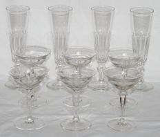 Set 6 antique cut crystal liqueur glasses + 4 facet cut champagne button glasses