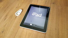 Apple iPad 1 (A1337) , 64GB with 3G! + brandnew Chargercable