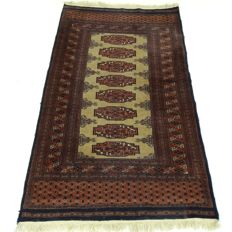 "Bukhara - 152 x 91 cm - ""Finely knotted Persian rug in beautiful condition""."