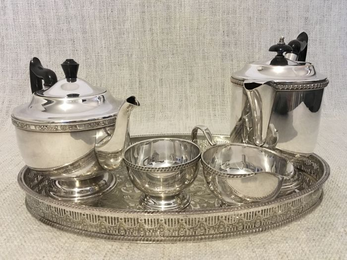 Vintage Viners Sheffield England silver plated tea u0026 coffee set with oval tray & Vintage Viners Sheffield England silver plated tea u0026 coffee set with ...