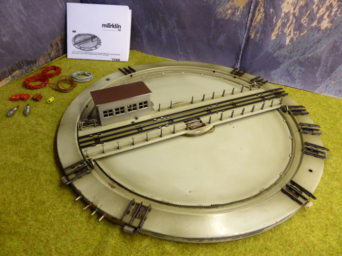 Märklin H0 - 7186 - Electric turntable with control