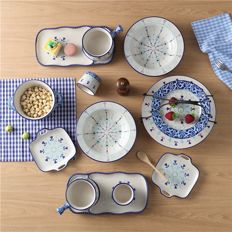 Underglaze tableware - 13 items
