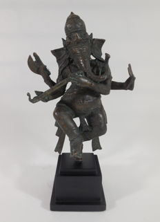 Large bronze Ganesha – India – 21st century