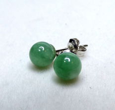14 KT white gold women's earrings with jade