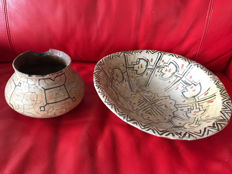 Painted bowl and a pot size of the bowl 31 cm diam and 8 cm high, the pot is: 11.5 cm high belly diam 17 cm neck 11 cm