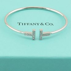 "Tiffany & Co. - ""Wire Tiffany T"", 18 kt white gold bracelet, brilliant-cut diamonds - Suitable for a wrist circumference up to 14.60 cm"