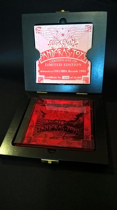 Very Special and rare Edition AEROSMITH PANDORA TOYS nº 8095 of 10.000 for all World + Aerosmith Out of control CD+DVD