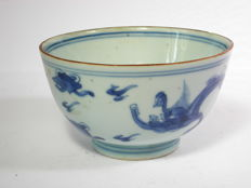 Porcelain bowl - China - 17th century
