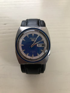 Seiko 5 Automatic with date display – Men's watch