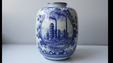 Large pot with illustration of the Caltex Petroleum Mij in Delft Blue-1953-1960