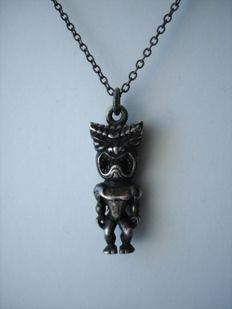 Vintage - 1950s - Tiki God of Hawaii - Sterling Silver Pendant / Amulet with chain - NO Reserve