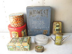 Lot of 8 advertising boxes from the 1940s/50s/60s