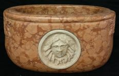 Hand carved oval Red Verona marble stoup with a Rubbio marble inlay - Venice, Italy - 19th century