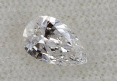 1 Pear cut diamond, 0.18 ct VVS2 -  ***No reserve price***