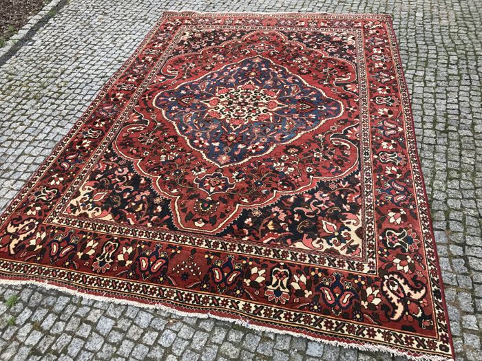 Unique Persian Bahtiari Rug 305x215cm -hand knotted