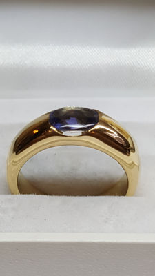 18 kt yellow gold solid women's ring set with a sapphire / ring size 17.85