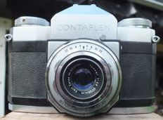 Old camera ZEISS IKON CONTAFLEX 861/24 from 1953