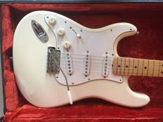 Guitar: Fender Hendrix Tribute Stratocaster Olympic White 1997  (Mint condition and very, very rare)
