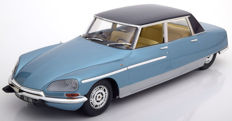 Norev Metal 18 - Scale 1/18 - Citroen DS 21 Chapron Lorraine 1969 - Colour Blue Metallic