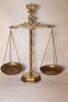 Scales of Justice in bronze - 49 cm - year 1950