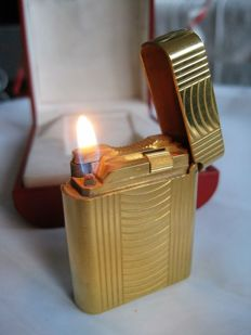 S.T.Dupont lighter Soubreny, gold coloured, gas seal, France ca.1980