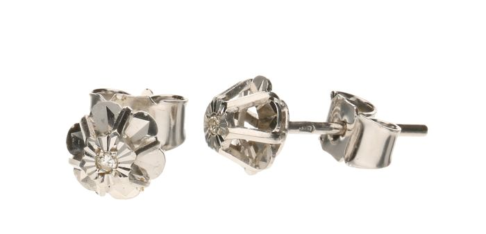 White gold 14 kt ear studs, each set with one brilliant cut diamond of approx. 0.01 ct per piece