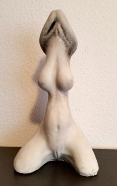Decorative; Abstract kneeled nude woman / phallus - 2010