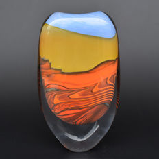 Peter Layton - vase from the MIRAGE series