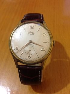 unver (universal geneve) men's watch